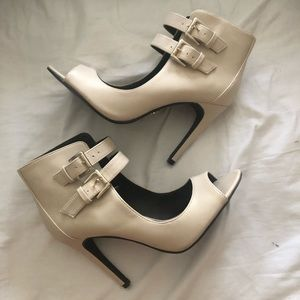 Rock and Republic Ankle Strap Heels